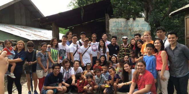Students from the SS cluster with members of the IP communities. Photo taken from @paulinemalate