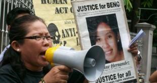 Benjaline Hernandez's mother, Nanay Evan, calls for justice for her martyred daughter. Photo from bulatlat.com